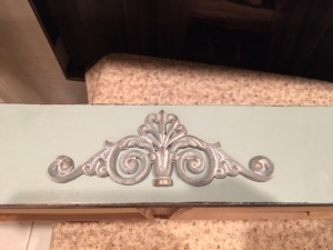filigree-on-drawer-2